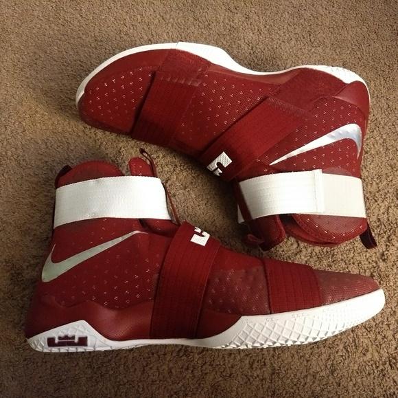 8d562f17eb7 Nike Lebron Soldier 10 TB Promo Size 17 Team Rd. M 5b5f6f4103087cca1b2e34af